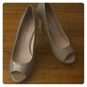 Never been worn-heels for almost any outfit